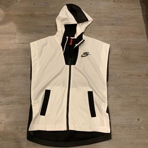 Nike Tech Hypermesh Hooded Vest
